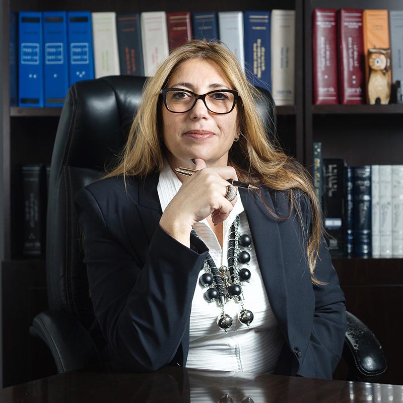חגית הלוי - עורכת דין ומגשרת מוסמכת